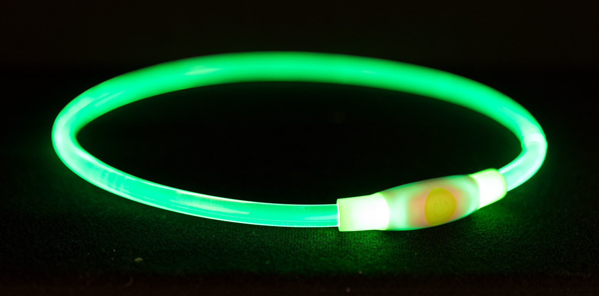 TRIXIE Flash Leuchtring USB TRIXIE Flash Leuchtring USB, L–XL: 65 cm/ø 8 mm, grün