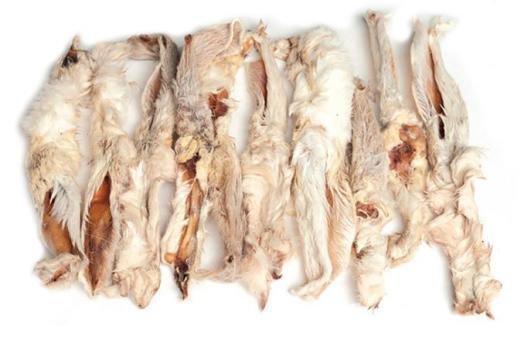 Kaninchenohren - mit oder ohne Fell - im 500g Beutel (ca. 40 Stück) mit Fell